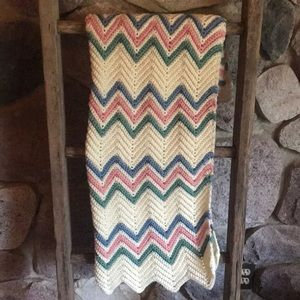 Beautiful pattern crochet knit baby blanket